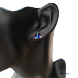 Granatowe kolczyki wkrętki Swarovski kostki Bermuda Blue srebrne