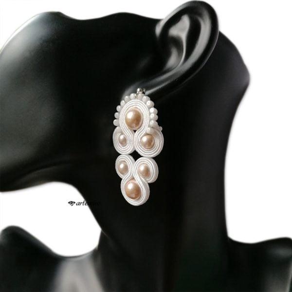 Kolczyki ślubne sutasz białe z perełkami
