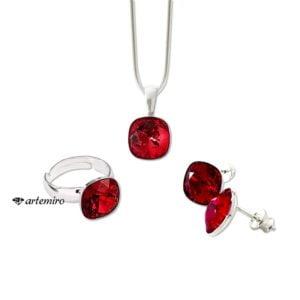 Komplet biżuterii srebrnej Swarovski. Czerwone kolczyki, zawieszka i pierścionek square Siam