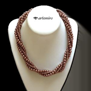 Naszyjnik splot brązowych perełek