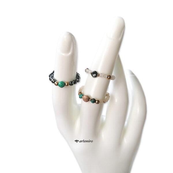 pierscionek elastyczny z kamieni naturalnych malachit hematyt zielony szary