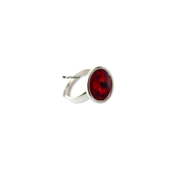 srebrny pierścionek swarovski czerwony czerwonym oczkiem
